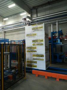 Produktionsstätte von Firma Plastform d.o.o. von Polystyrol mit stationärer Gaswarnanlage von MSR-Electronic zur Überwachung von Konzentration von Pentangas